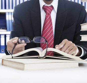 Top 5 Sales Books You Need To Read